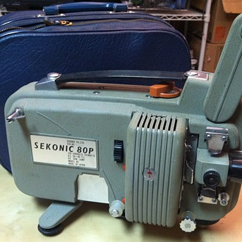 Sekonic 80P 8mm Projector (c.1962) - Cameras