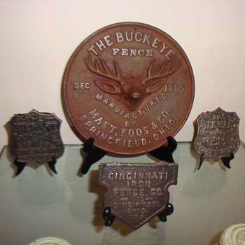 EARLY 20TH CENTURY FENCE BADGES