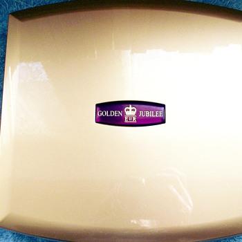 the 2003 queens golden jubilee uk coin set.
