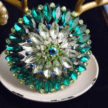 Fabulous Green Brooch - Costume Jewelry