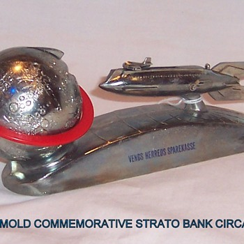 Duro Mold Banks: Foreign Specimens  - Coin Operated