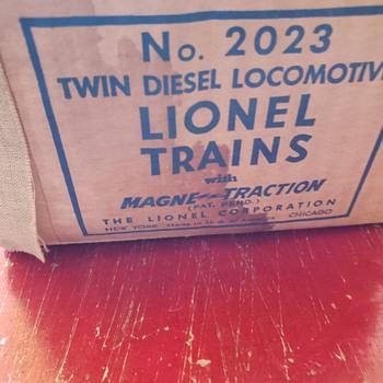 Choo Choo or Chow Chow! - Model Trains