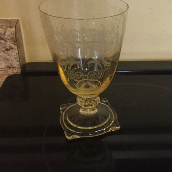 Yellow depression glass - Glassware