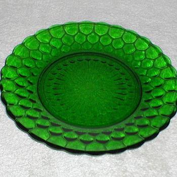 Bubble Pattern Green Glass Plates