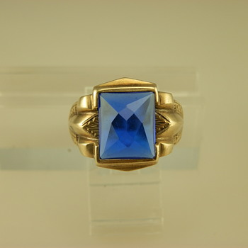 14k Yellow Gold and Blue Spinel Ring - Fine Jewelry