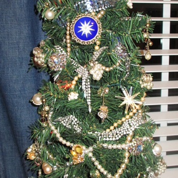 My Office Christmas Tree - Costume Jewelry