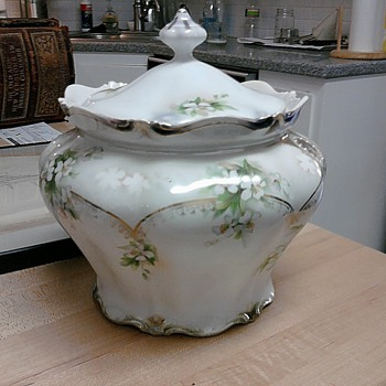 R S Prussia Cracker Jar ? RS PRUSSIA CHINA ?  - China and Dinnerware