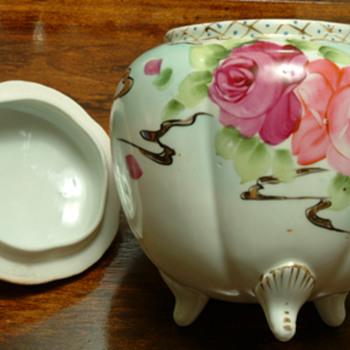 "6.5"" x 8"" Ceramic/Porcelain Jar  - Pottery"