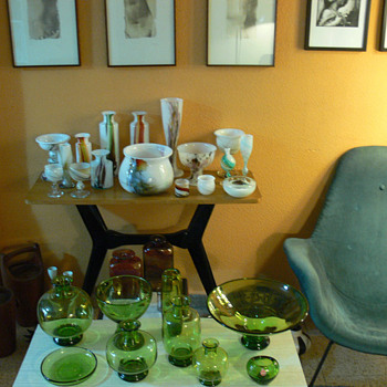 A glass collector's living room III - Art Glass