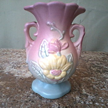"Hull Art Pottery 4 3/4"" Vase /  #13 Magnolia in Pastel Pink and Blue / Circa 1940 - Pottery"
