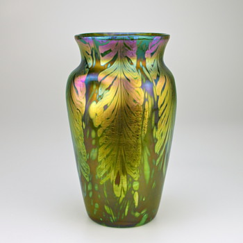 Loetz Phänomen/Phenomen Genre Art Glass Vase, circa 1902-05 similar to P.G. 2/450 - Art Glass