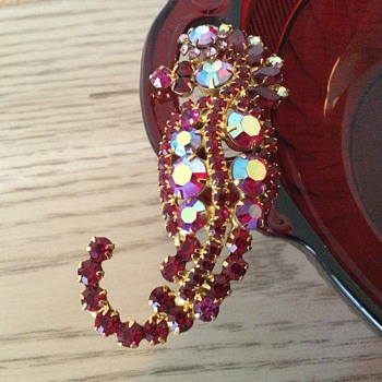 D & E RUBY RED SEAHORSE…my collection is complete! - Costume Jewelry