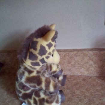 1994 Zoo borns giraffe