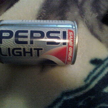Rare??? English/Arabic Pepsi Light unfilled/sealed can - Advertising