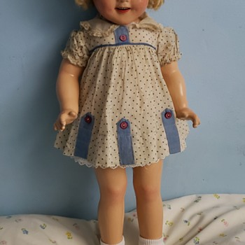 20 inch composition shirley temple  - Dolls