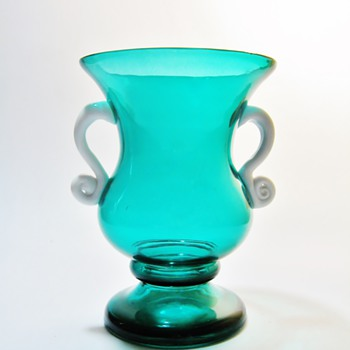 CZECHOSLOVAKIA  VASE - Art Glass