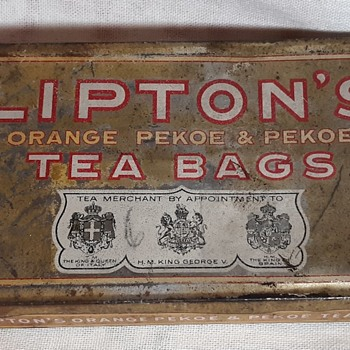 Vintage Lipton's Tea Bags Tin Holds 12 Orange Pekoe & Pekoe Tea Bags  - Advertising