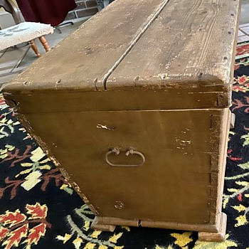 What was this box used for? - Furniture