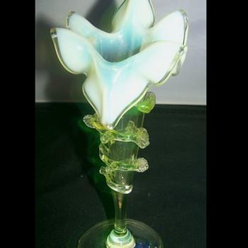 Vaseline Uranium Art Glass Vase ??? - Art Glass