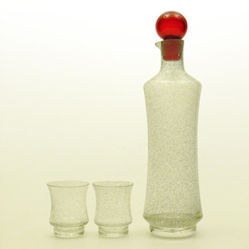 STAR decanter (1703) and matching glasses (1014), Tamara Aladin (Riihimáki lasi, 1963) - Art Glass