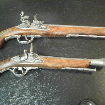 Flint Lock Pistol  Replicas