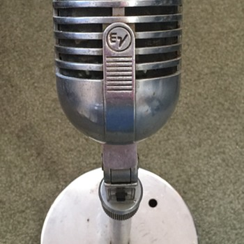 Found these baby's Vintage Microphones - Electronics
