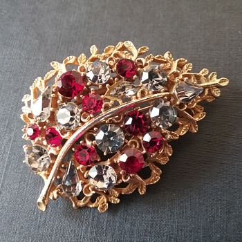 BSK leaf brooch  - Costume Jewelry