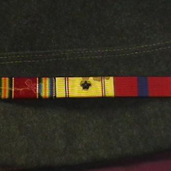 WW II U.S. Marine Cap and Ribbon Bar