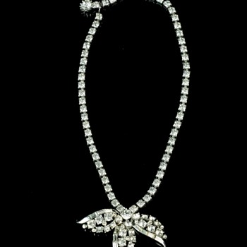 RHINESTONE DROP-PENDANT NECKLACE - Costume Jewelry