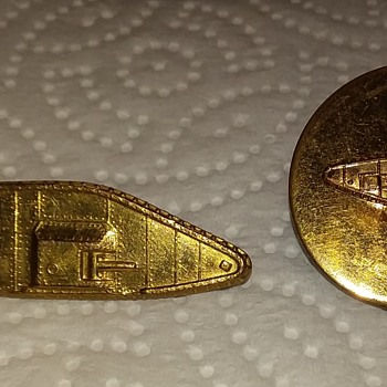 WW2 USA officer & enlisted Armored collar brass - Military and Wartime