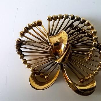 Kollmar & Jourdan Pforzheim Germany Gold Double' Brooch Flea Market Find $2.00 - Costume Jewelry