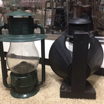 Dietz no 60 beacon lantern with a pioneer street hanging lamp - Lamps