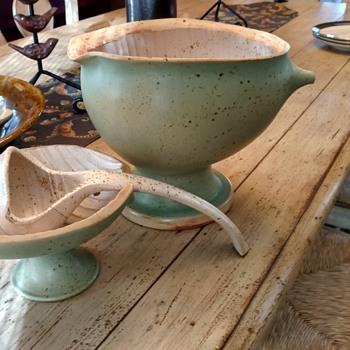 Mid Century pottery soup Tureen unusual - Mid-Century Modern