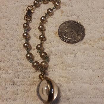odd little 'clear sphere' bracelet (?) - Costume Jewelry