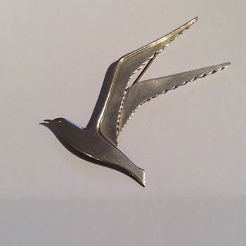 Madeleine Turner Sterling Silver Modernist Seagull Brooch - T5 - Fine Jewelry