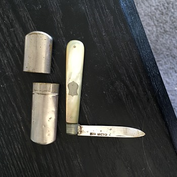 Single blade knife in silver case - Tools and Hardware