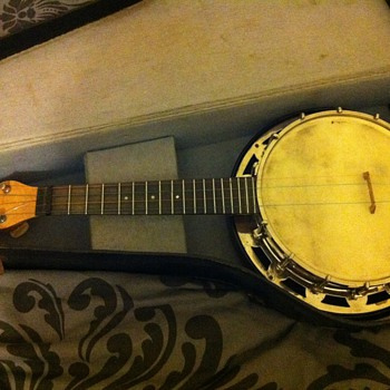 The Abbott 'Monarch' Banjo Ukulele