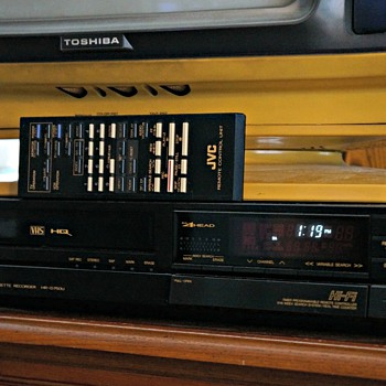 JVC Hi-Fi Video Cassette Recorder HR-D750U - Electronics