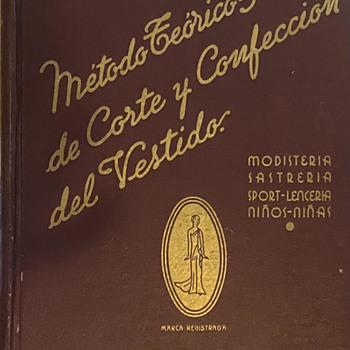 Metodo Teorico-Practico de Corte y Confeccion del Vestido - Books