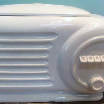 Vintage Radio Cookie Jar and Salt & Pepper Shakers