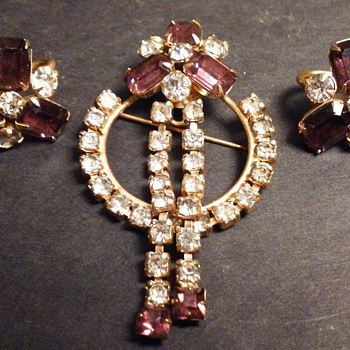 Scitarelli amethyst brooch & earrings set - Costume Jewelry