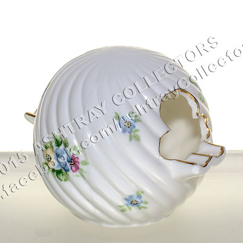 Hand Painted China Sphere/Ball Ashtray - Tobacciana