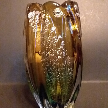 Sanyu gold and silver fleck vase  - Art Glass