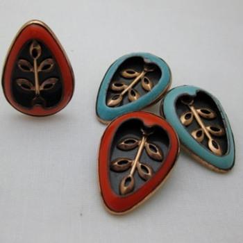 Matisse copper enamel Pear Leaf earrings - Costume Jewelry