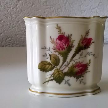1960s Rosenthal Germany Moliere Moosrose Bud Vase Flea Market Find $2 - Pottery