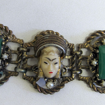 Funky asian lady face bracelet - Costume Jewelry