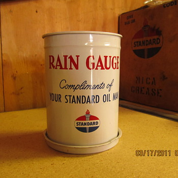 Standard oil.. rain gauge - Advertising