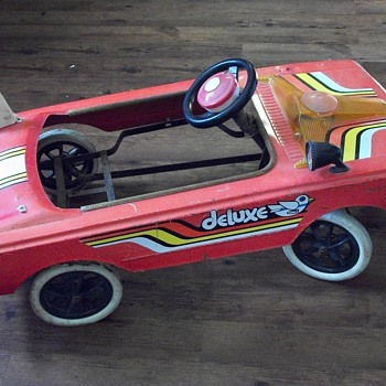 Unknown Pedal Car - Model Cars