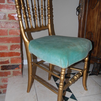 """""""GONE WITH THE WIND"""" CHAIR....MGM LOT/PROP# on bottom of chair - Furniture"""