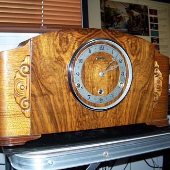 Bentima British Mantle Clock
